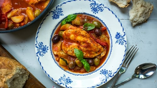 Donal Skehan's One Pan Chicken Cacciatore