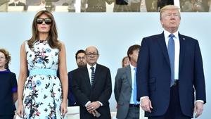 Melania and Donald Trump view the parade