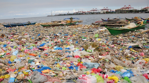There is a huge amount of plastic in the ocean