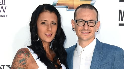 Chester Bennington's wife Talinda has paid tribute to the late singer