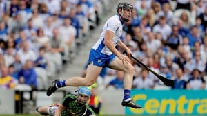 Kevin Moran sees the sliotar hit the net as Mark Fanning looks on