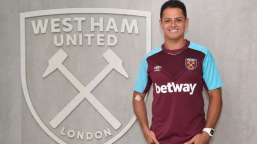 Javier Hernandez in his new West Ham kit