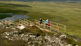 Concerns raised that Cuilcagh boardwalk trail is too popular | RTÉ News