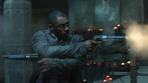 It's all guns blazing for Idris Elba in The Dark Tower