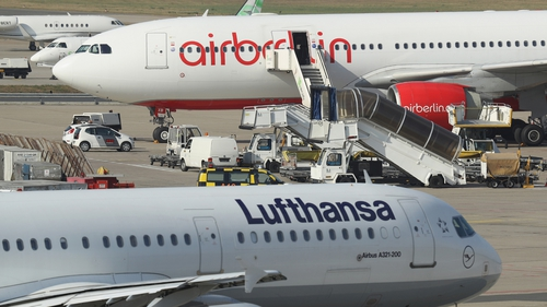 Lufthansa signed a €210m deal to buy large parts of insolvent Air Berlin yesterday