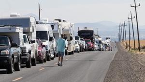 Traffic near Madras, Oregon, which is hosting dozens of eclipse festivals