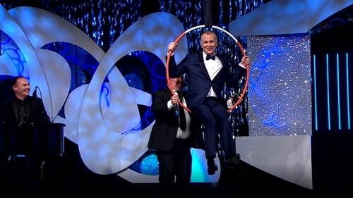 Dáithí enjoys his very own hoop dreams