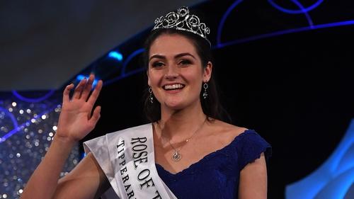 Jennifer Byrne is crowned Rose of Tralee 2017
