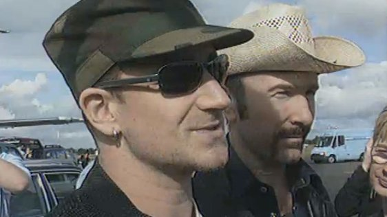 Bono and the Edge at Belfast Airport (1997)