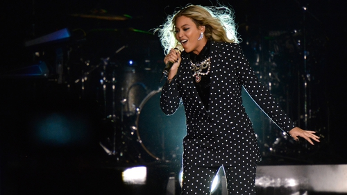 Beyoncé 'In Talks' to Record Theme Song for Upcoming James Bond Movie