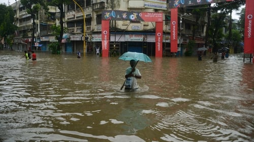 Three Killed as Floods Swamp Mumbai