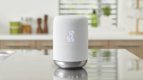 The new Sony speaker uses Google Assistant