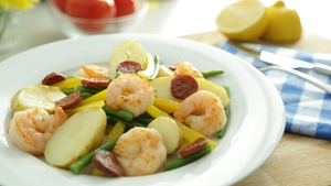 Pan Fried Prawns with Chorizo Potatoes: OT