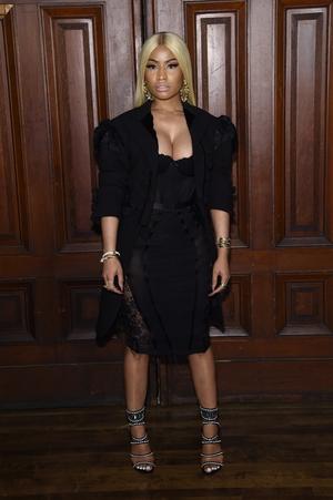 Nicki Minaj wore all black to the Marc Jacobs SS18 fashion show.