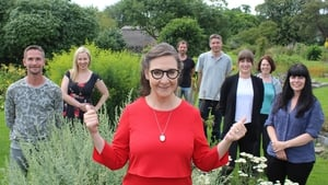 Presenter Pauline McLynn returns with another seven amateur painters, for the new series of Painting The Nation