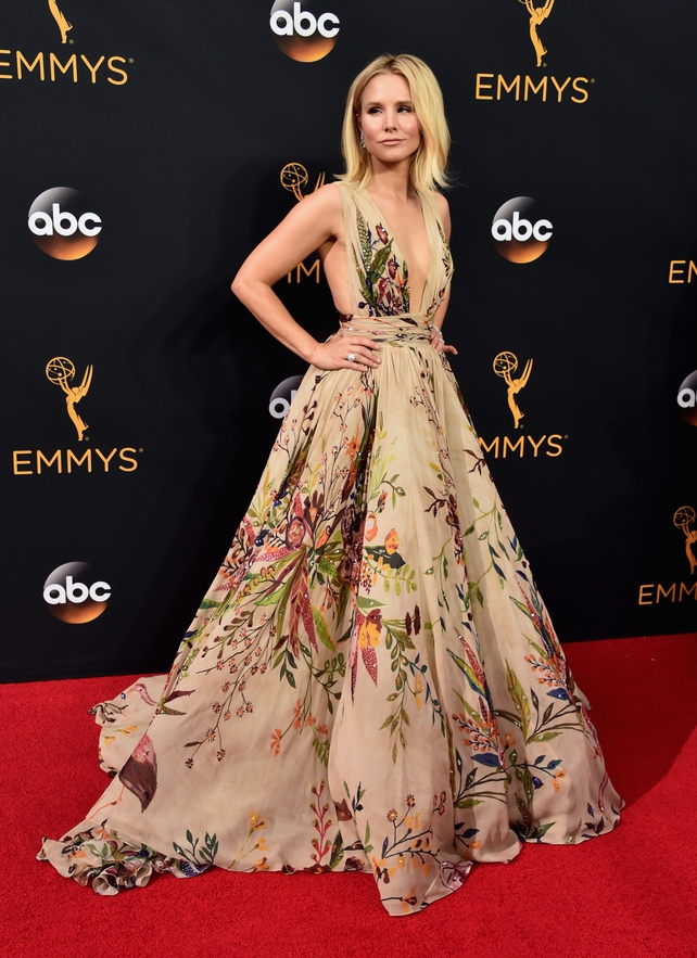 Kristen Bell Looked Etheral In This Zuhair Murad Gown 2016