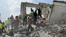 Mexican PresidentEnrique Peña Nieto said that 27 buildings have collapsed in Mexico City