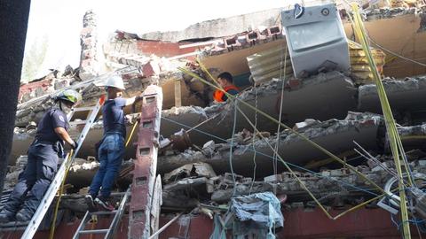 Fatalities as earthquake hits Mexico   RTÉ News