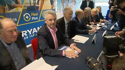 €10k sa bhreis á thairscint ag Ryanair dá bpíolótaí.