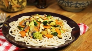 Sweet n' Sour Vegetable & Cashew Stir Fry: OT