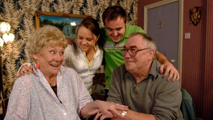 Coronation Street actress Liz Dawn, who played Vera Duckworth in the soap, has died, aged 77.