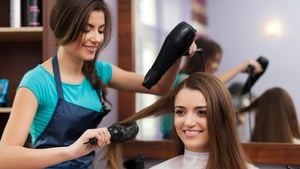 Enjoy a tipple with your trim? Hairdressers may dry up in 2017