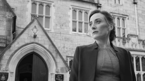 Kate Nic Chonaonaigh is Grace Harte in TG4's new drama series