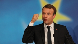 Macron in call for stronger action over climate change | RTÉ News