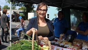 Painting the Nation - Pauline McLynn collects produce from Ballyvaughan Farmers' Market