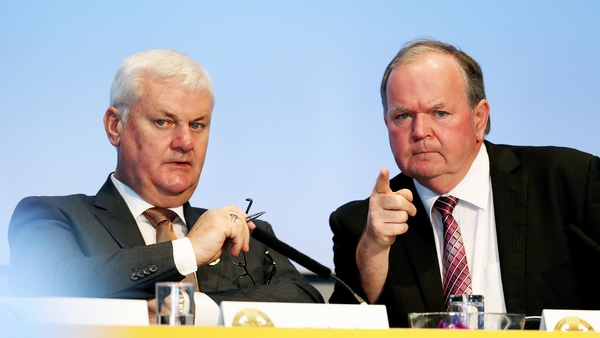 Aogan O Fearghail and Liam O'Neill at Special Congress