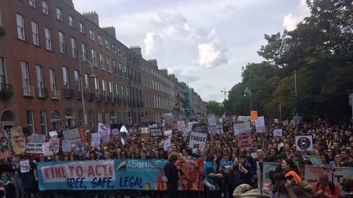 Thousands demand changes to Ireland´s abortion laws
