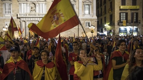 Spanish Police Shut Down Polling Stations To Stop Voters