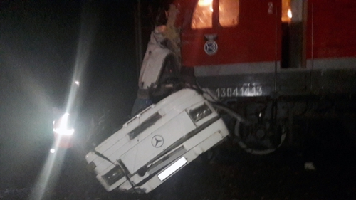 The train was travelling from St Petersburg to Nijini-Novgorod when it hit the bus