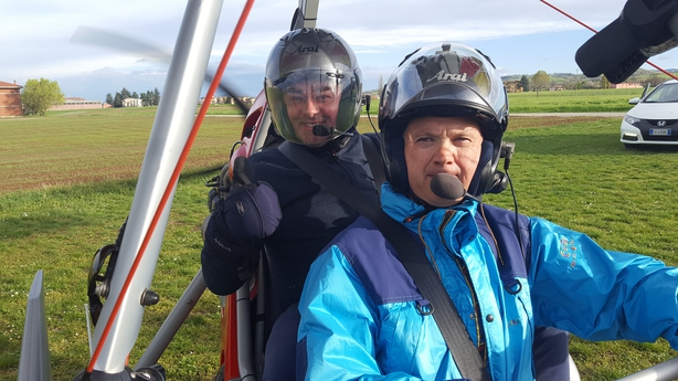Neven-with-motorised-hang-glider-pilot-Luigi-Rossi