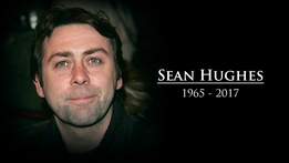 Comedian and actor Sean Hughes dies aged 51 | RTÉ News