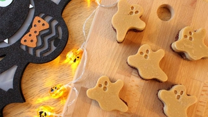 The Wonky Spatula's Healthy Halloween Ghosts