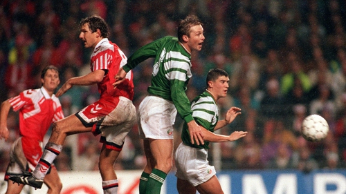 Alan Kernaghan and Roy Keane in action during the World Cup qualifier in Copenhagen in 1992
