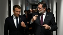 Spanish Prime Minister Mariano Rajoy (left) has called a special cabinet meeting on Saturday that could trigger the move