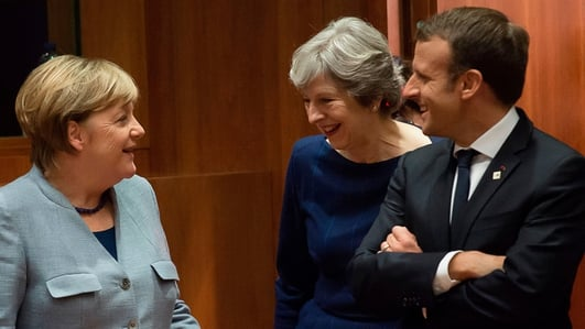 May to meet Merkel and Macron in push for Brexit extension