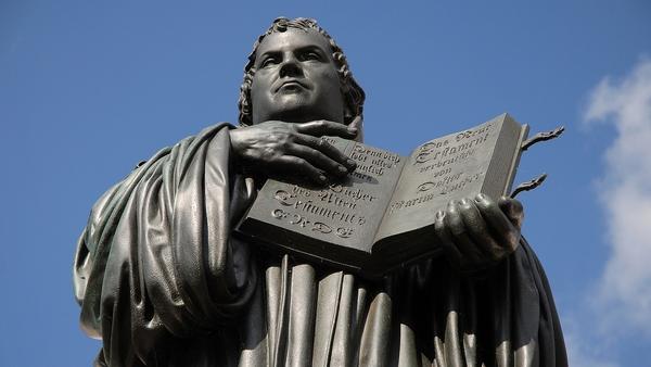 The Luther monument in Wittenberg. Photo: Neuwieser https://www.flickr.com/photos/neuwieser