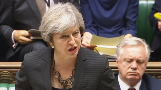 Theresa May urges Sinn Fein and the DUP to talk