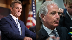 US Republican senators Jeff Flake (L) and Bob Corker