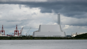 Poolbeg incinerator can burn 600,000 tonnes of waste a year
