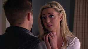 Kerri-Ann asks Mondo if they can be together on tonight's Fair City