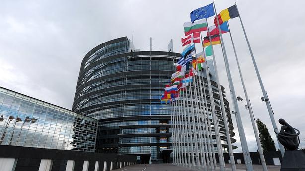 European Union parliament backs ban, limits on single-use plastics