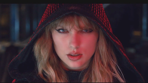 Taylor Swift in the Ready for It video