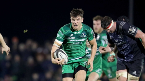 Tom Farrell scores a try for Connacht