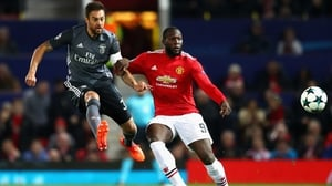 Jardel of Benfica (L) and Romelu Lukaku of Manchester United battle for the ball