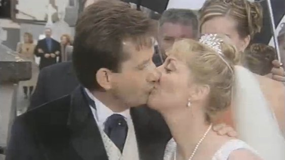 Daniel O'Donnell Ties The Knot