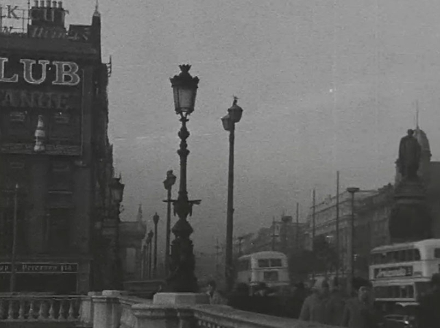 O'Connell Bridge, Street Lighting